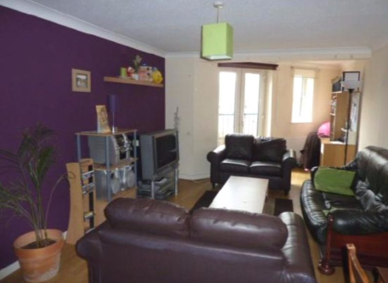 2 Bedroom Professional Apaprtment To Let On Chillingham Road, Heaton, Newcastle Upon Tyne